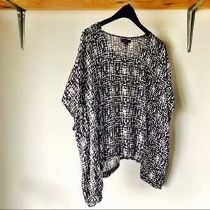 Forever XXI Blue and White Square Poncho